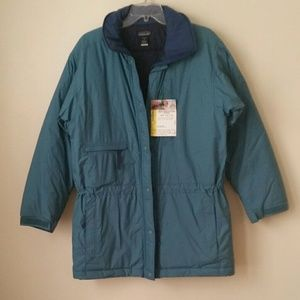 Women Patagonia jacket light green color small